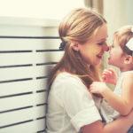 El día de la madre apoya el amor maternal